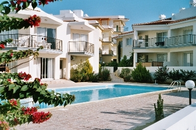 short term, rent, holiday, tomb of the kings, paphos, mall, pool, summer